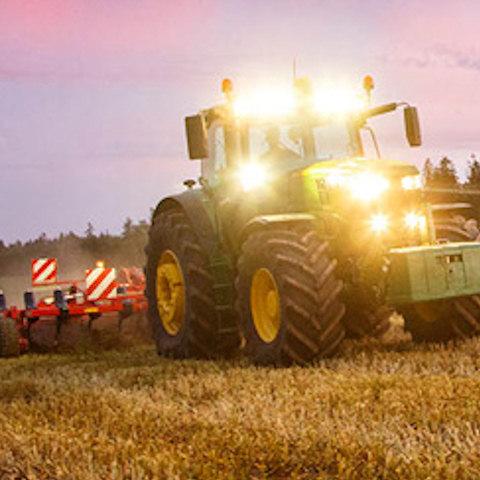Dryland Hire John Deere 6r Series Tractor Trailer And